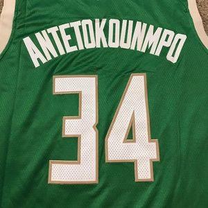316103294 NBA Shirts - Giannis Antetokounmpo Milwaukee Bucks Jersey XL